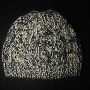 bebe Accessories - 2 piece Hat and Scarf for cold weather